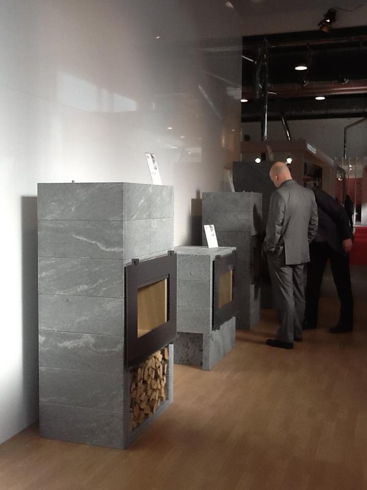 Foto della fiera progetto fuoco 2012 tulikivi for Fiera arredamento verona